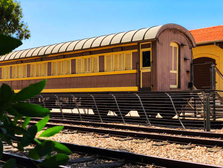 Overview of the rails and a wagon, in the old train station in Tel Aviv, Israel. Imagens - 150633731