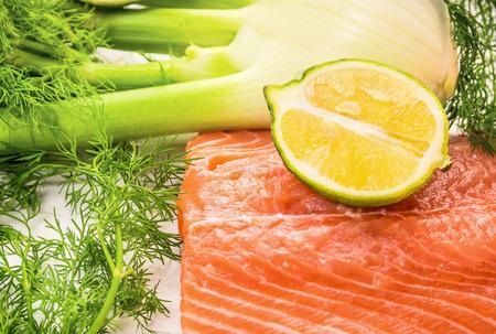 finocchio: Salmone crudo con il limone e finocchio