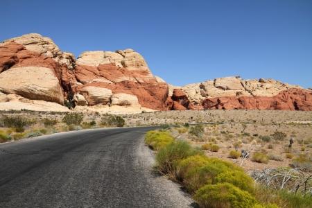 Road through Red rock canyon, Nevada Stok Fotoğraf