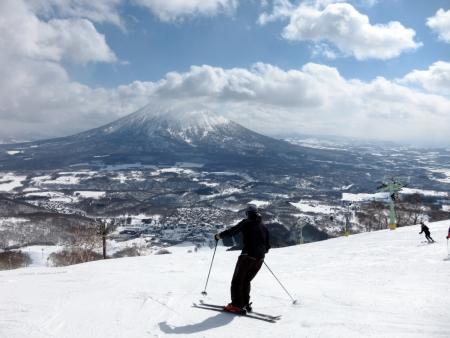 Ski in Hokkaido, Japan � Hirafu, Niseko and Mount Yotei Stock Photo