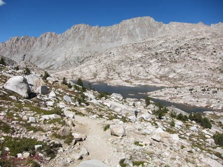 Hiking trail in Kings Canyon National Park Stok Fotoğraf - 75283437