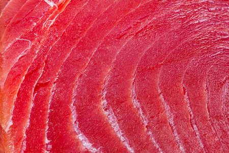 sliced bluefin tuna raw meat texture, close-up Standard-Bild