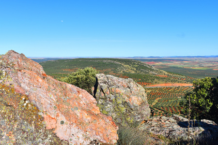 mancha: Views of the fields from the top of the mountain