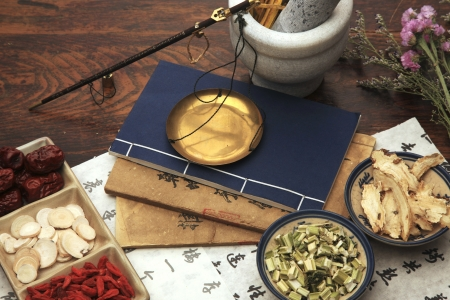 and traditional chinese medicine: Chinese herbal medicine Stock Photo