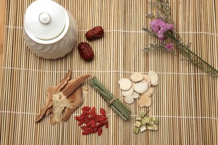 Chinese herbal medicine Stock Photo - 16564413