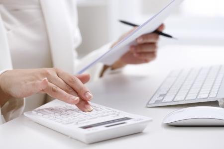 calculator chinese: Businesswoman