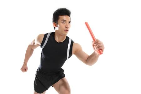 carrera de relevos: Hombre relé carrera pedestre, primer plano