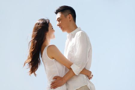 Couple on beach 版權商用圖片