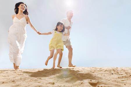 familie: Familie op het strand