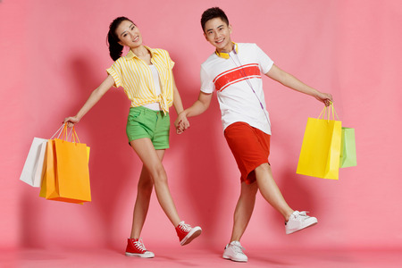 oriental ethnicity: Young lovers shopping