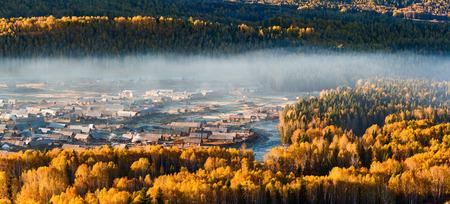 북쪽 신장 위구르 자치구 에무 마을 풍경