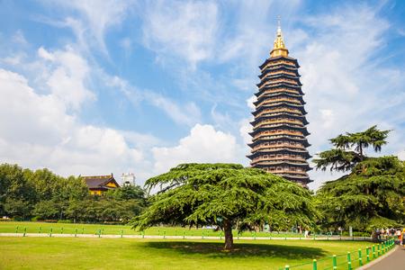 天寧の公園の風景、常州市、江蘇省 写真素材 - 81340609