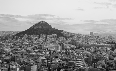 View from Acropolis Hill to Lycabettus Hill, Greek Parliament 版權商用圖片 - 120206583