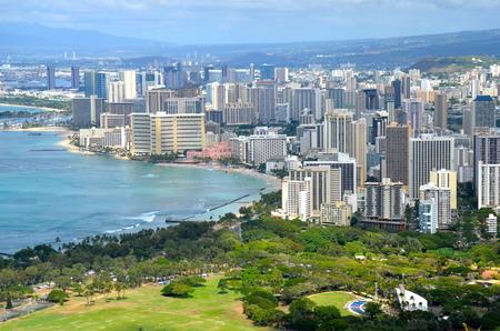 honolulu: Skyline of Honolulu, Hawaii, USA.