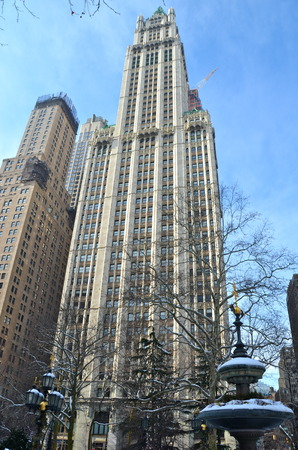 neogothic: Historic Woolworth Building and Manhattan skyline, New York City, USA.