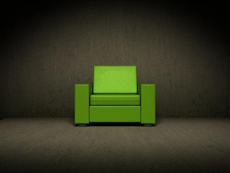 sedia vuota: Sedia verde in una stanza buia Archivio Fotografico