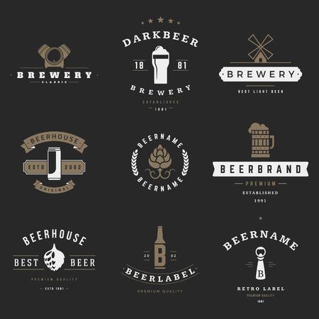 barrel: Vintage beer brewery icons, emblems, labels, badges and design elements
