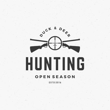 pistola: Club de caza del logotipo del vintage Plantilla del emblema. Cross Armas de fuego y la silueta de destino. La etiqueta o tarjeta de identificación para hacer publicidad, Equipo Hunter y otro diseño. Ilustración vectorial de estilo retro.