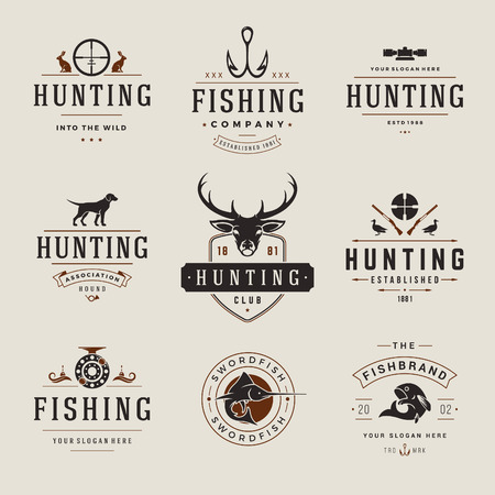 hunting dog: Set of Hunting and Fishing Labels, Badges,   Vector Design Elements Vintage Style. Deer head, hunter weapons, forest wild animals and other objects. Advertising Hunter Equipment.