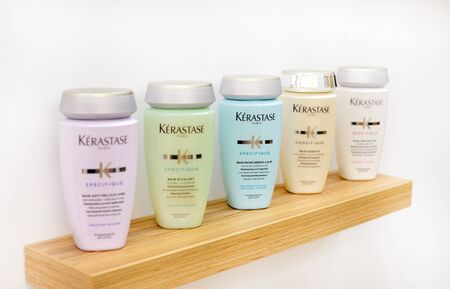 French luxury cosmetics for body, hair and face care. professional makeup loreal kerastase. 新聞圖片