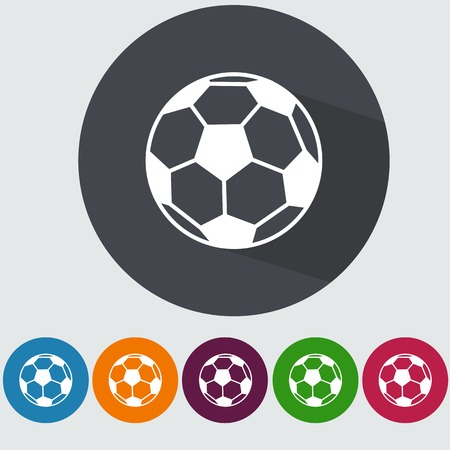 pelota de futbol: Icono plana de fútbol con la larga sombra.