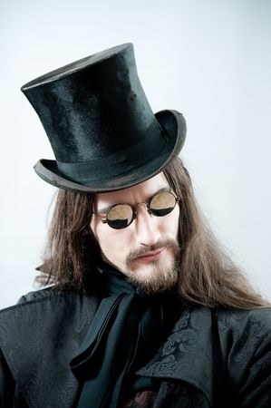 steampunk goggles: Hombre retro beber caf� o t�
