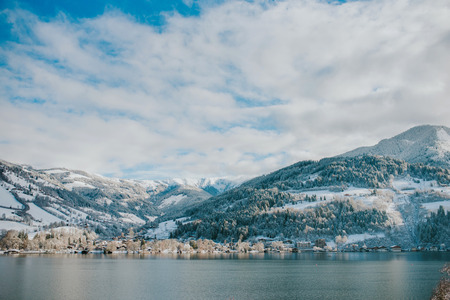 Winter meer in Zell am See, Oostenrijk Stockfoto