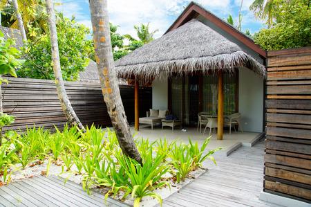 bungalow: bungalow