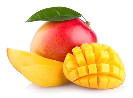 mango: Mango-Frucht isoliert auf wei�em Hintergrund