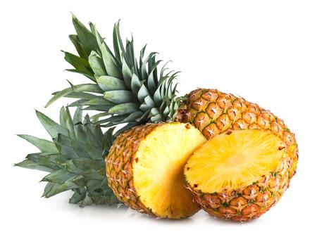 rijpe ananas op wit wordt geïsoleerd Stockfoto