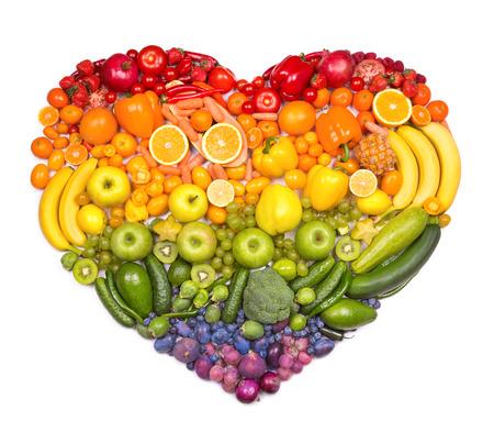 cuore: Arcobaleno cuore di frutta e verdura Archivio Fotografico