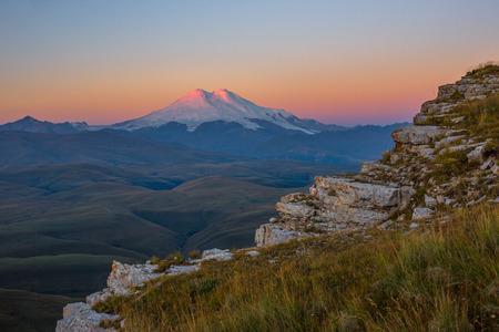 elbrus: Mount Elbrus in the morning