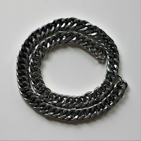 fixed line: Chain chains