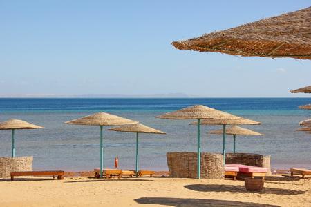 deserted: deserted beaches of Egypt