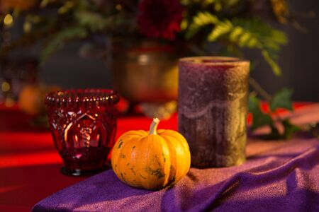 Buffet table with sweets and drinks, cooked and decorated in honor of Halloween. 版權商用圖片