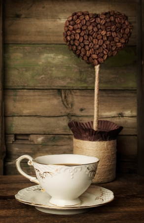 topiary: cup of coffee with a decorative topiary