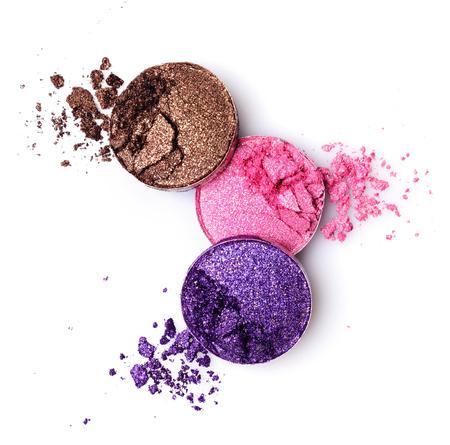 Colorful crushed eyeshadows isolated on white background 版權商用圖片 - 69667085