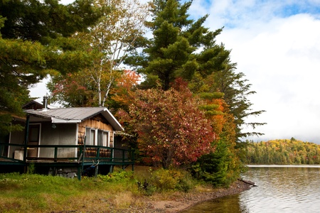 ontario: Cottage On The Lake, Canada