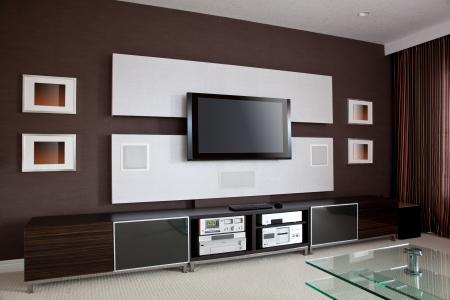 home theater: Modern Home Theater Interior Camera con TV a schermo piatto