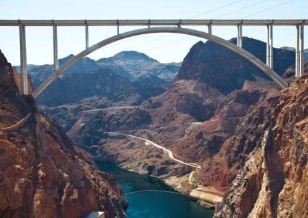 Memorial Bridge Arc over Colorado River nearby Hoover Dam, USA Banco de Imagens