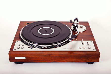 Stereo Turntable Vinyl Record Player Analog Retro Vintage Perspective View Imagens