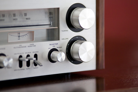 equipo de sonido: Receptor de radio estéreo de la vendimia