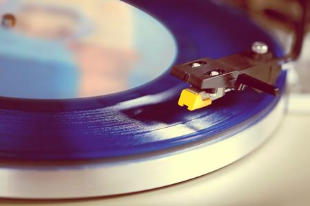 entertainment equipment: Analog Stereo Turntable Vinyl Record Player