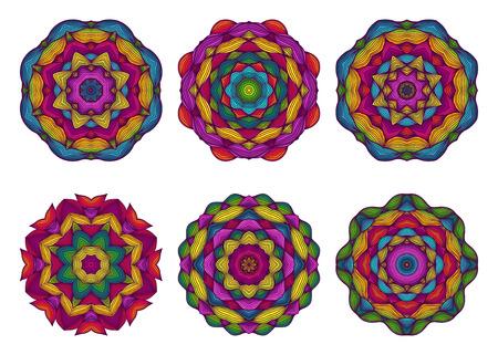 tatouage fleur: Ensemble de mandalas. Belle fleurs dessin�es � la main. Colorful fond floral. Dentelles ethnique motif ornemental tour. Broderies, dentelles, serviettes. Vector illustration. Illustration