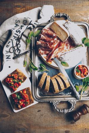 hams: plato de carne Foto de archivo