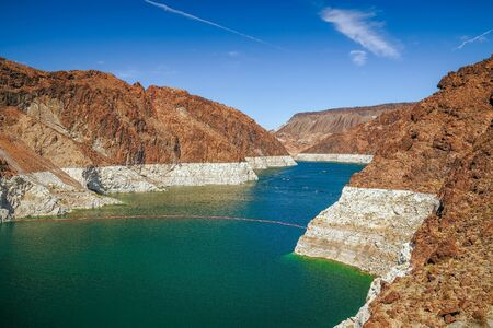 Low water in Lake Mead in autumn. View from the Arizona side. USA Archivio Fotografico