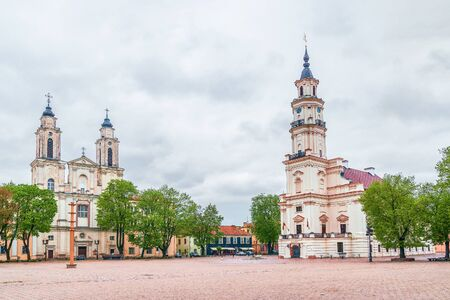 The Town Hall of Kaunas and Jesuit Church of St Francis Xavier on the Town Hall Square. Lithuania 版權商用圖片