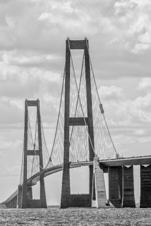 Great Belt Bridge  between the islands of Zealand and Funen. Denmark Imagens