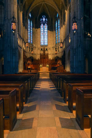 Pittsburgh.Pennsylvania.USA February 20, 2017 Interior of the Heinz Memorial Chapel on the campus of the University of Pittsburgh 新聞圖片