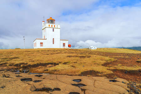 Dyrholaey Lighthouse on the central south coast of Iceland is located at the southernmost point of the mainland of Iceland. 版權商用圖片